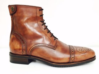 Antique Brown Ankle boots with Brogue | Image 1